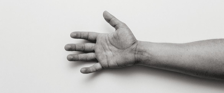 Broken Thumb – Symptoms, Causes, And Treatment
